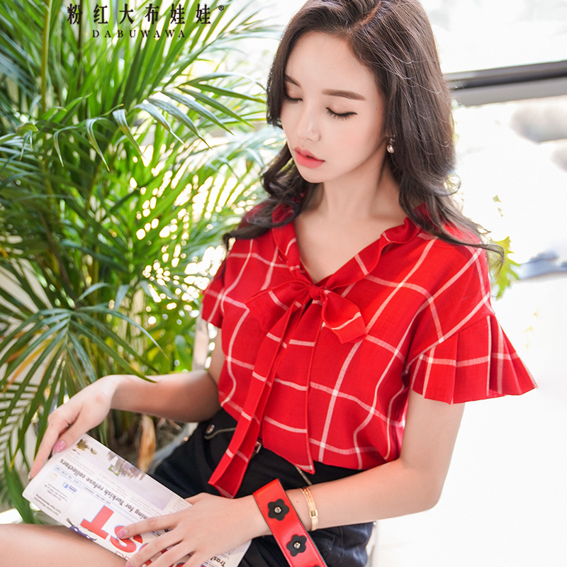 蝴蝶结领口格子衬衫