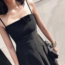 【小Q家】韩版修身显瘦褶皱可调节吊带黑色连衣裙小礼服2018新款