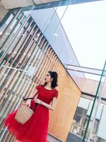 新娘蓬蓬裙红色