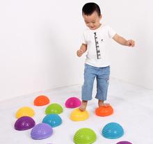 榴莲球按摩球触觉脚垫感统训练器材按摩球半圆球按摩脚垫过河石