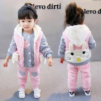女宝宝冬装套装0一1-2-3岁儿童时髦童装4小童秋冬洋气三件套5潮衣