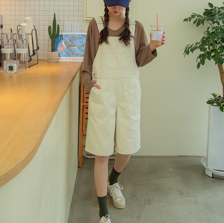 韩国大码秋装2019大码金属扣时尚插兜宽松中裤背带短裤特87