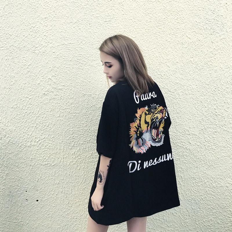 虎头t恤女刺绣