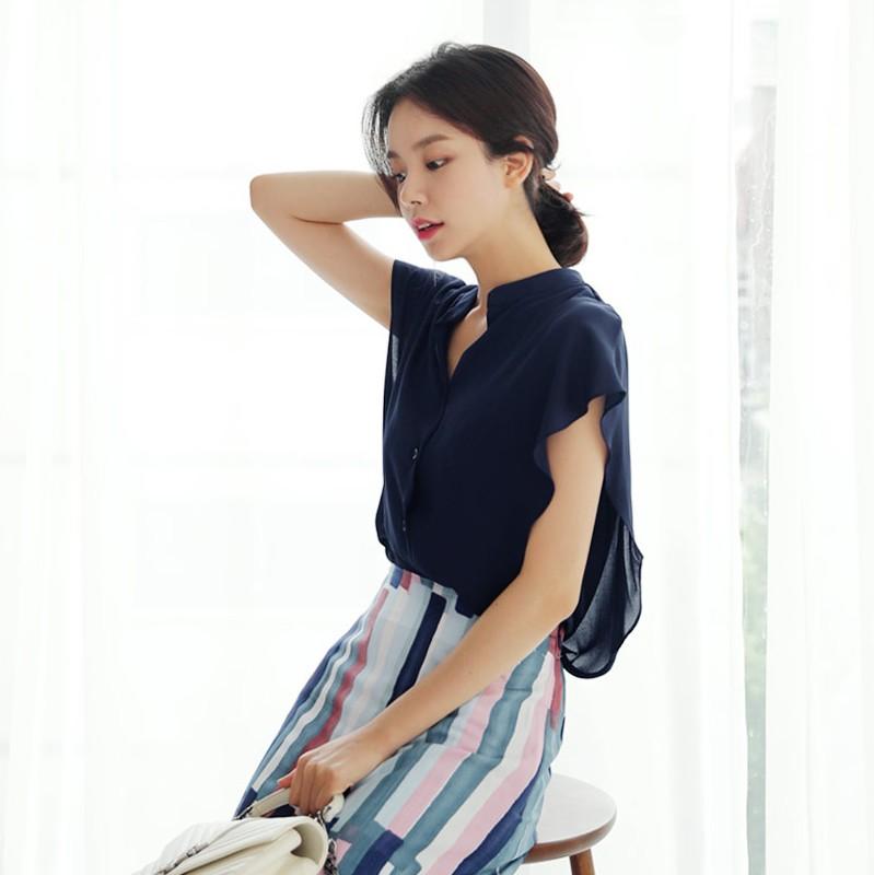 韩国代购正品简约V领纯色衬衫时尚起义2018夏季新款罩衫女736894