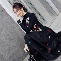 小茉莉2018春名媛奢华复古品味手工花朵立领显瘦中长款针织连衣裙