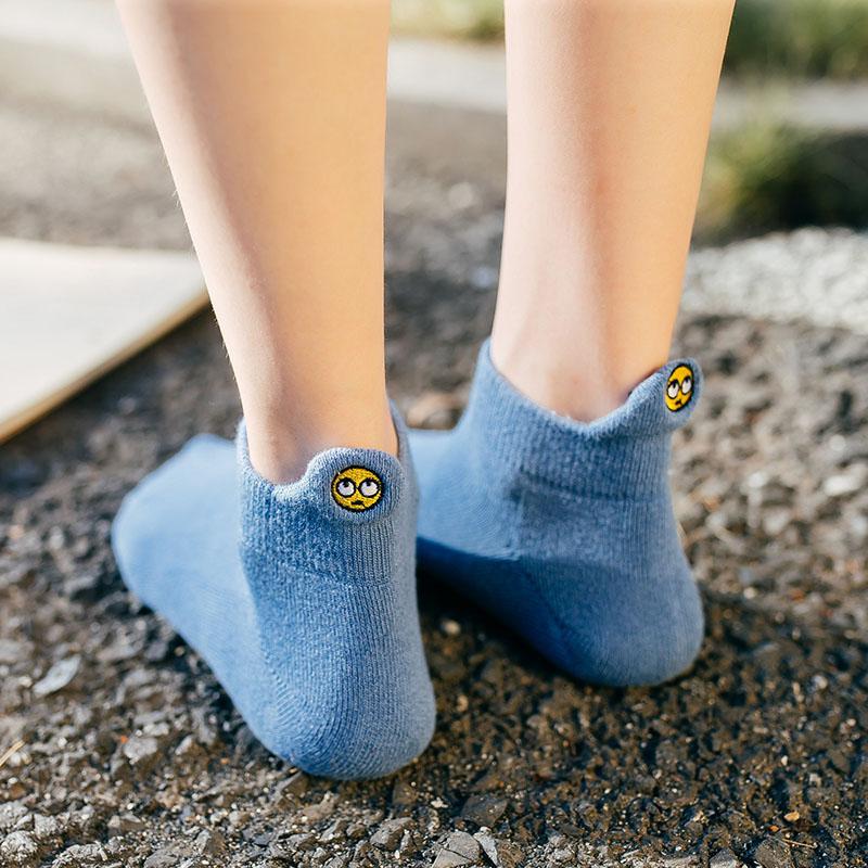 女袜子纯棉厚短袜秋季浅口加绒毛圈袜冬天超厚韩国可爱笑脸保暖袜图片