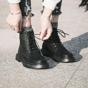 与格2018秋冬靴子欧美新款原宿风平底马丁靴女英伦风复古短靴