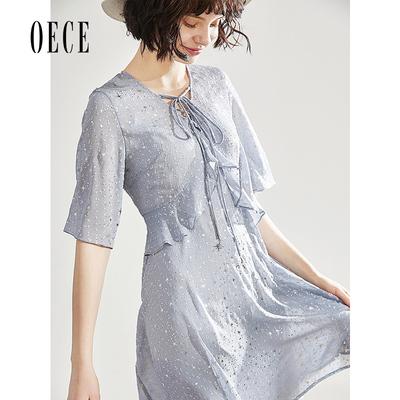 Oece2019夏装新款女装 仙女复古V领系带荷叶边烫金星空蓝连衣裙