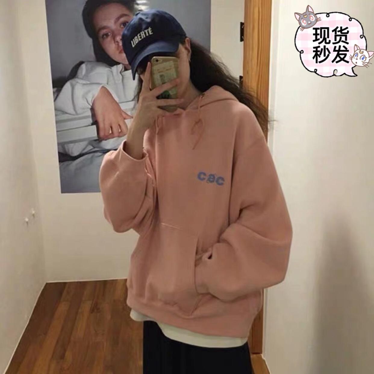 現特價【佳小家】韓國代購CHANCECHANCE  CEC字母 戴帽衛衣  加絨圖片