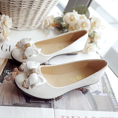 秋季甜美蝴蝶结平底小坡跟单鞋韩国公主浅口单鞋低跟女鞋皮鞋包邮