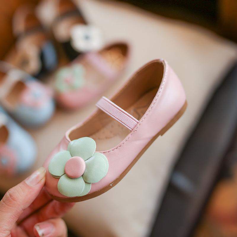 上新2017新款女童小单鞋2017年秋季新款花朵女童软底皮鞋宝宝鞋