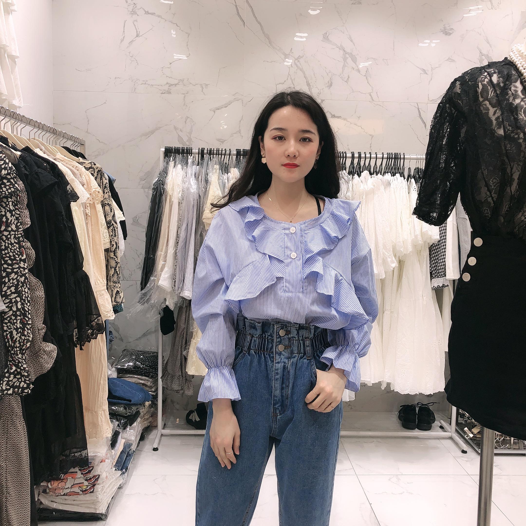 东大门女装代购 韩国19年新款条纹喇叭袖荷叶边衬衫0312