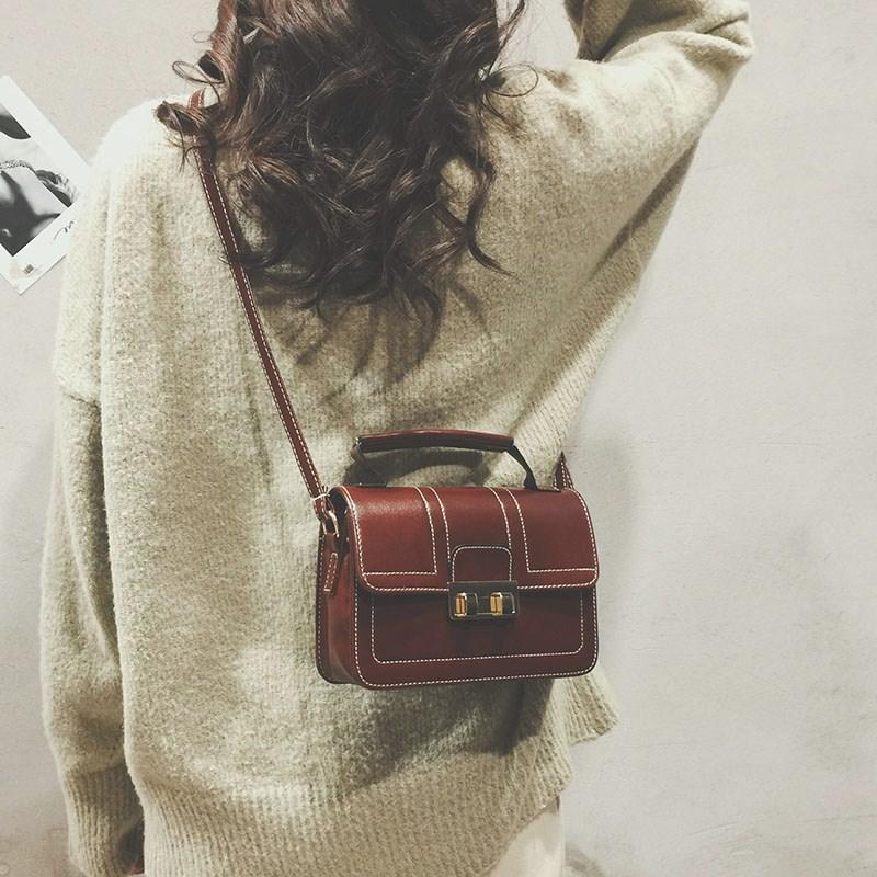 锁扣小方包手提包