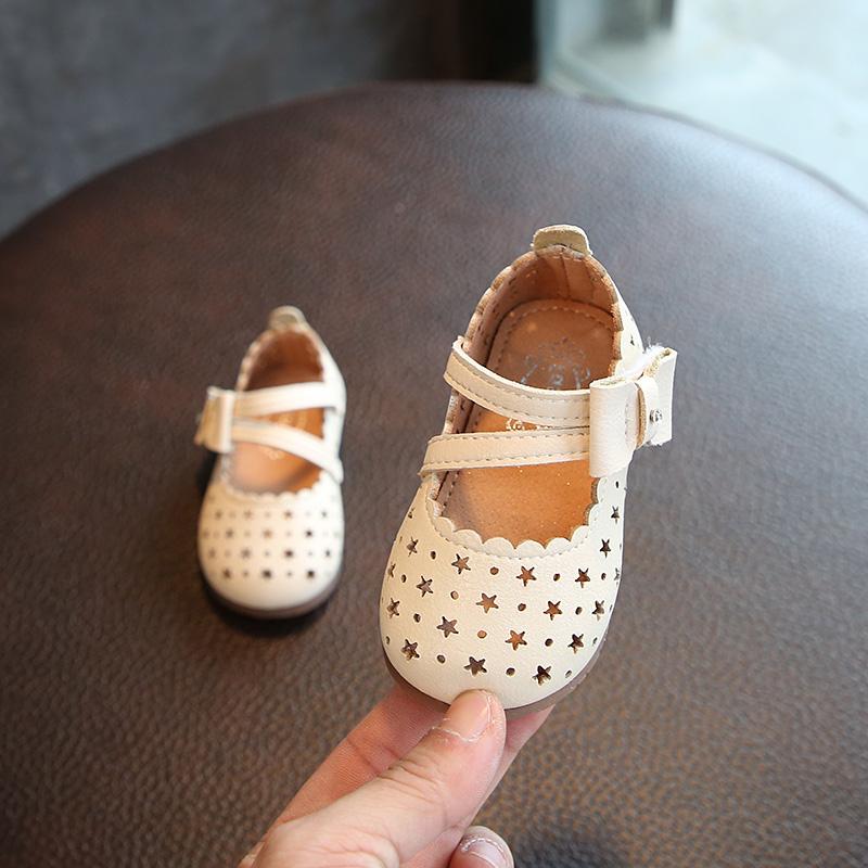婴儿软皮鞋