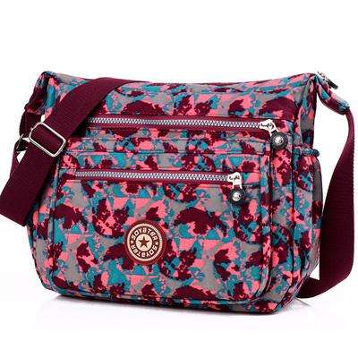 印花帆布包斜挎包女包中老年妈妈包轻便防水单肩包休闲大容量布包
