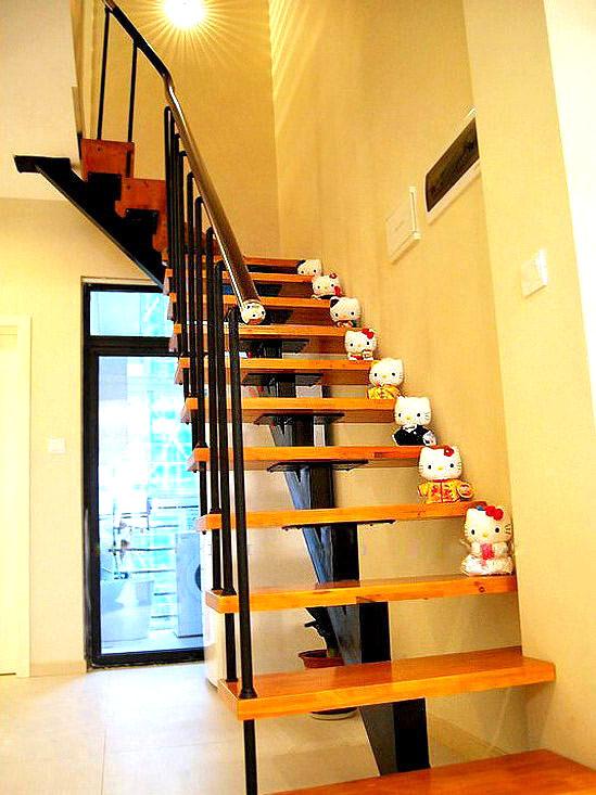 楼梯/钢木楼梯/旋转楼梯/缩颈楼梯/复式楼梯/阁楼楼梯