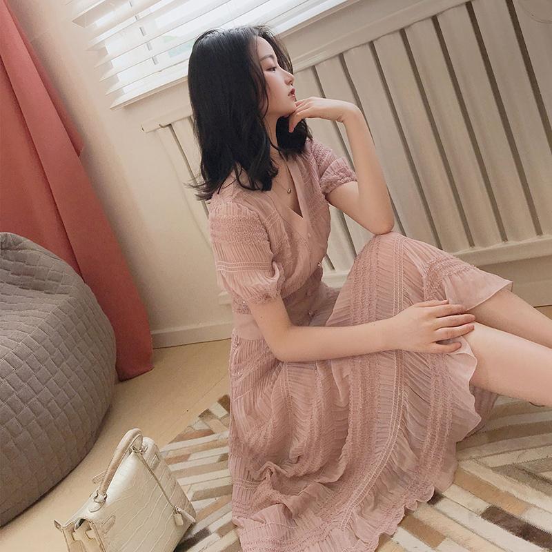 v领泡泡袖裙