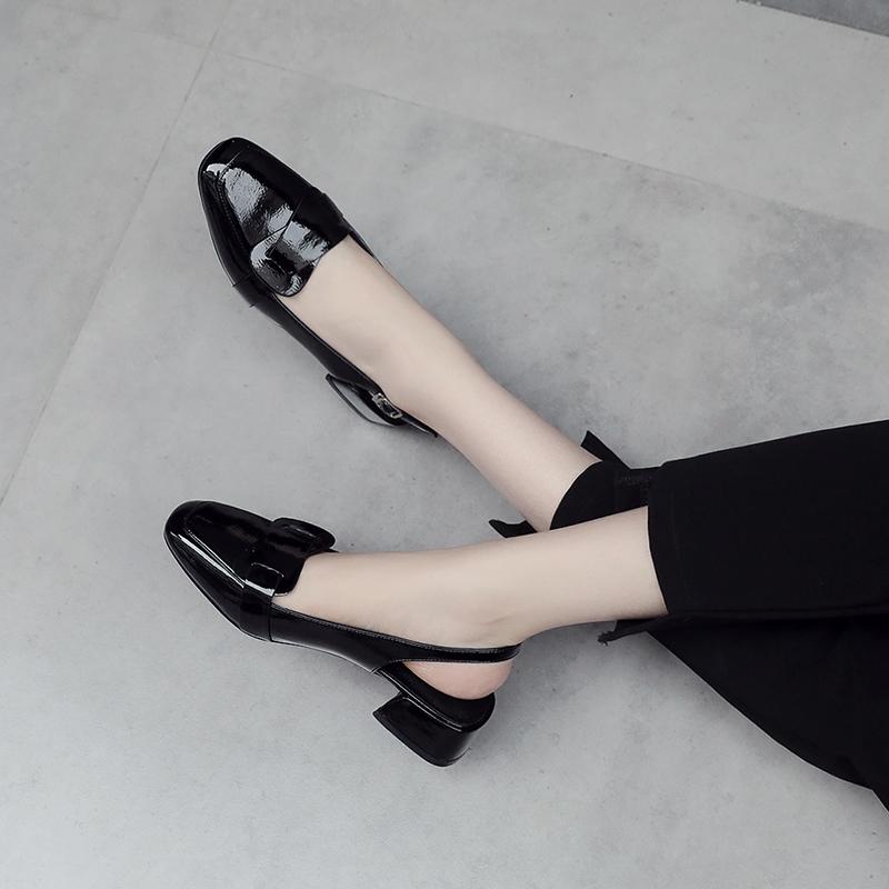 包头凉鞋女夏2019新款韩版百搭漆皮方头低跟粗跟女鞋中跟后空单鞋