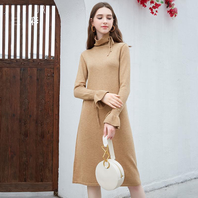 冬季女羊毛连衣裙