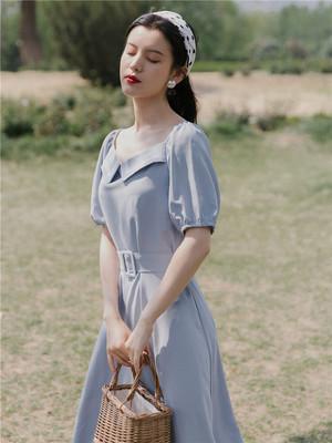 夏装2019新款女法式复古少女高腰连衣裙法国小众桔梗裙收腰中长款