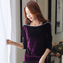 Autumn and Winter 2019 Large T-shirt with long sleeves wearing Korean version of loose and slim one-word collar gold velvet jacket tide