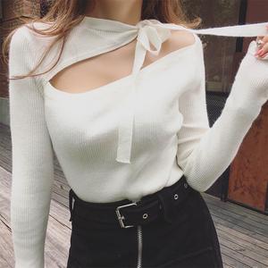 凡舒的店秋装新款性感绑带露肩斜领开叉长袖兔绒打底针织衫女上衣