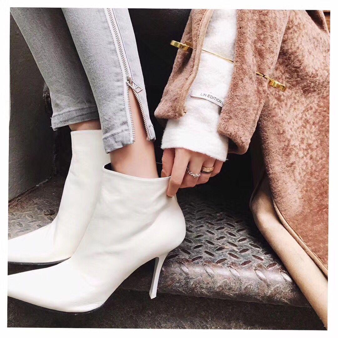 秋冬潮品V口欧美同款真皮马丁单靴舒适尖头高跟ins新款网红白色鞋