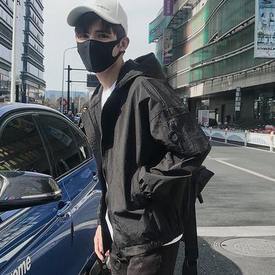 2018新款男装外衣休闲外套男士韩版潮流修身夹克薄款帅气春秋衣服