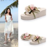 波西米亚海边花朵沙滩鞋女夏韩版时尚人字拖厚底防滑度假外穿拖鞋