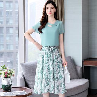 2019夏季OL气质韩版女装印花雪纺时尚休闲套装代理加盟 XS137