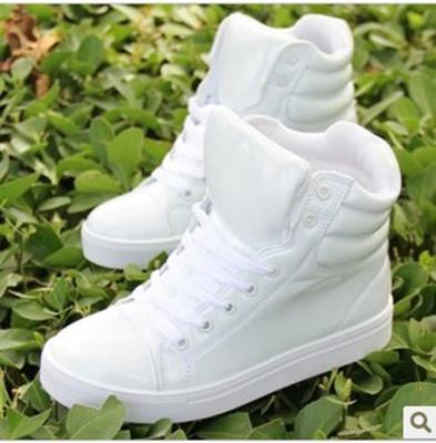 韩版男士板鞋透气白色休闲高帮滑板鞋青年男生运动内增高8CM男鞋