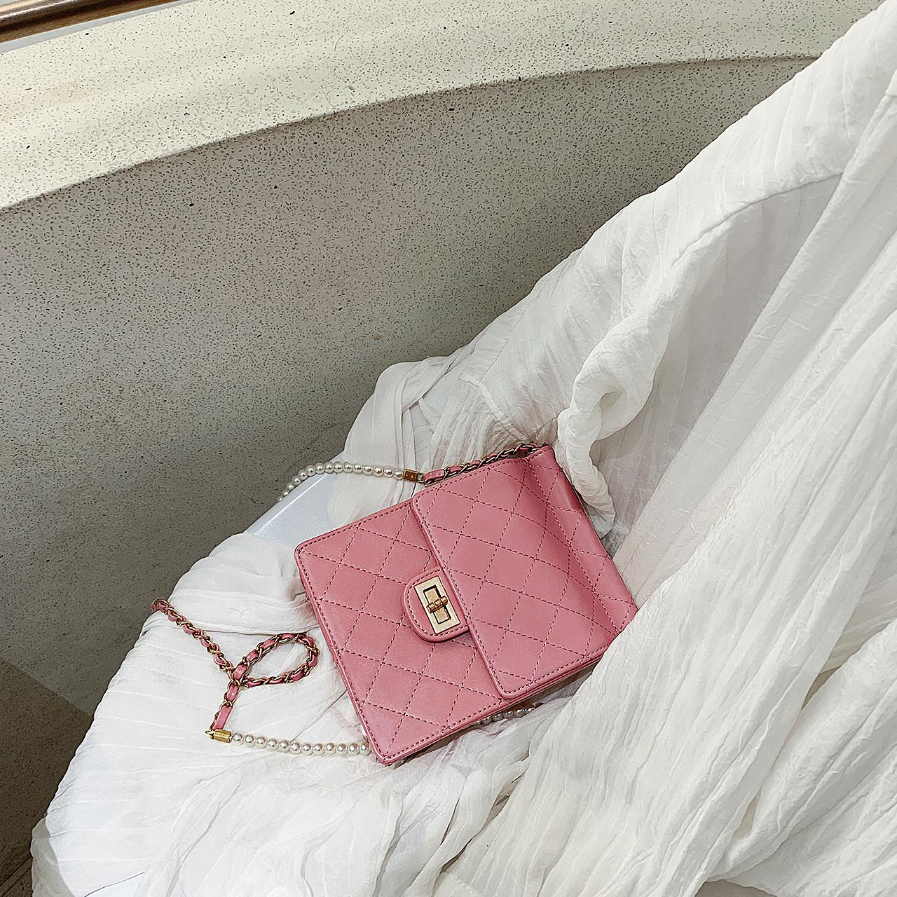 小瑞靓包珍珠包包女包新款2019时尚斜挎包百搭小香风菱格链条小包