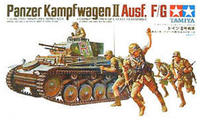 Tamiya tank model 35009 German No. 2 F/G light tank with soldiers