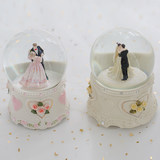 Snow crystal ball rotating music box music box to send girls girlfriends girlfriend, her sister married wedding birthday gift