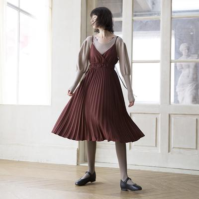 果核宇宙冬法式红酒色百褶吊带裙 灯笼针织连衣裙