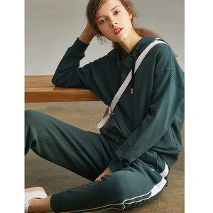 初棉2018秋装新款线条和色块的撞色拼接运动裤女哈伦休闲裤卫裤