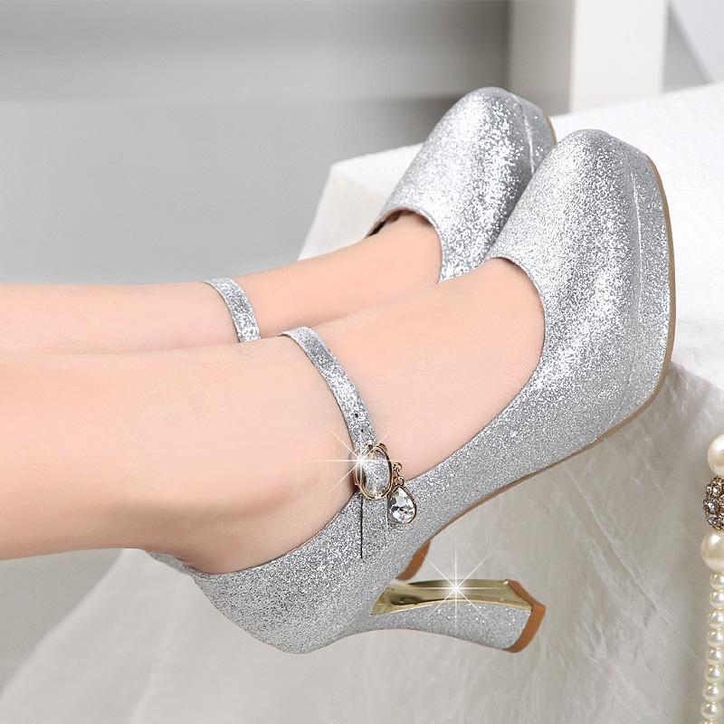 银色走秀高跟鞋银色