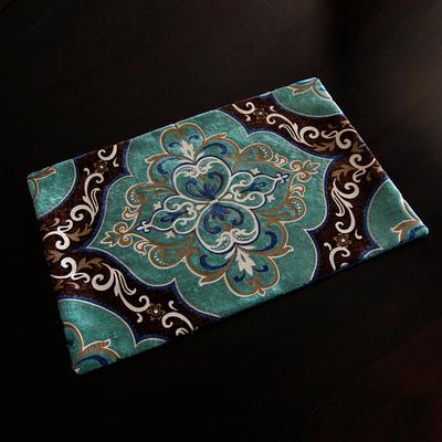 欧式简约现代大马双色丝绒雕印餐桌垫布艺隔热垫餐垫