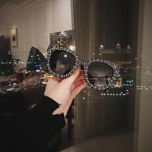 新品大框满天星黑色墨镜网红星星钻百搭时尚明星同款遮阳太阳镜女