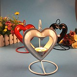 Romantic candlelight dinner wrought iron love candlestick decoration creative candle holder European modern soft decoration home decorations