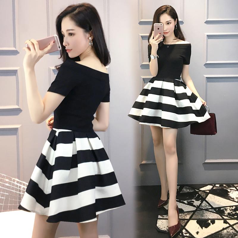 黑白条纹拼接连衣裙
