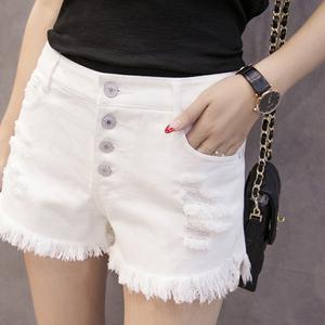 图片:白色牛仔短裤女夏2018新款高腰排扣宽松学生破洞毛边阔腿裤热裤子