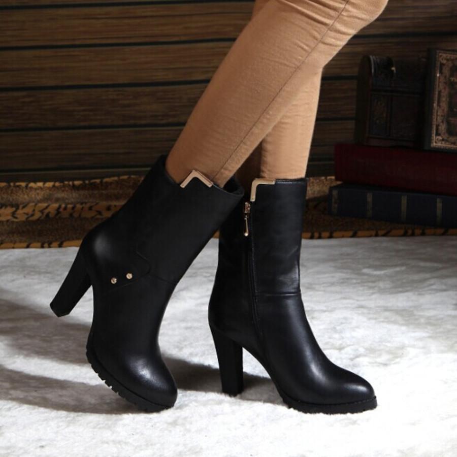 百丽高跟女靴子