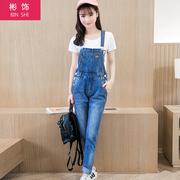 春秋季新款韩版潮流宽松休闲时尚显瘦背带牛仔裤学生女款长裤