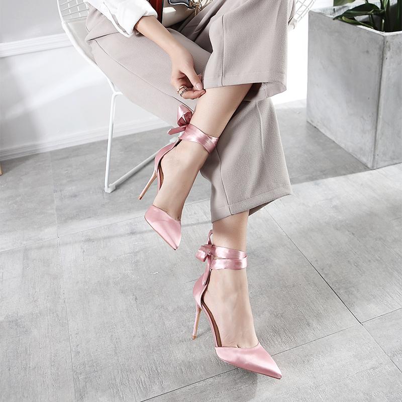 凉鞋女夏粉红色