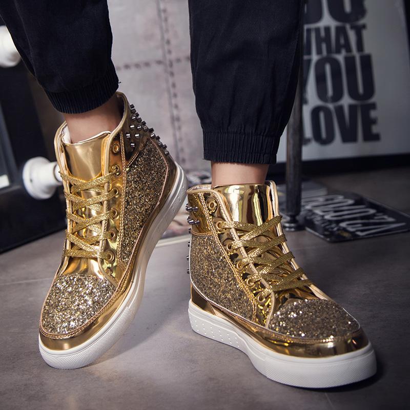 高帮板鞋银色