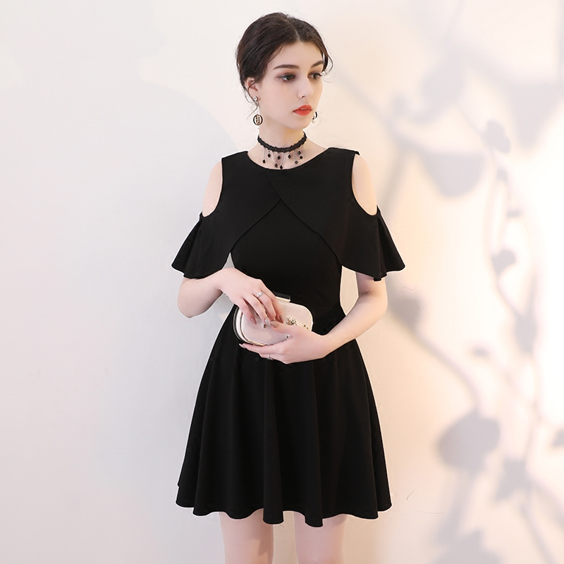 2018 new black Hepburn small black dress in the long paragraph slim ins super fire