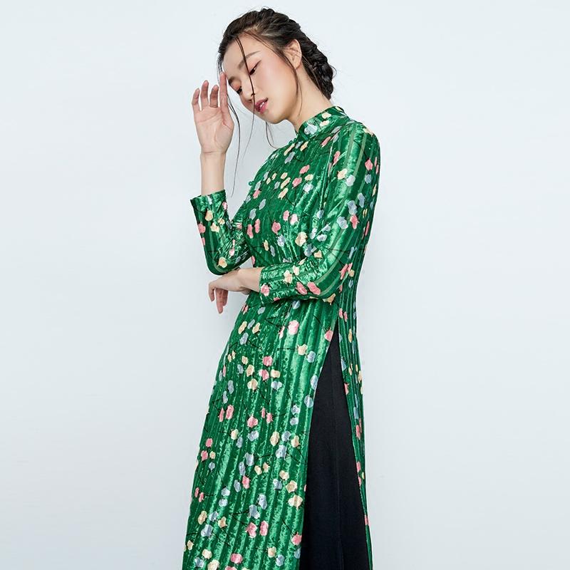 茉希2018秋新款女装复古金丝绒印花立领高开衩改良长旗袍1905A