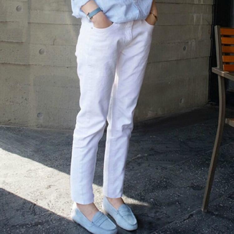 休闲纯白女裤