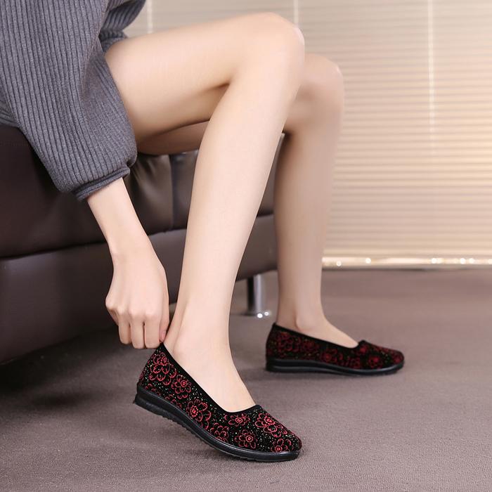 老北京布鞋女鞋软底中老年人妈妈鞋平跟防滑奶奶鞋子平底单鞋